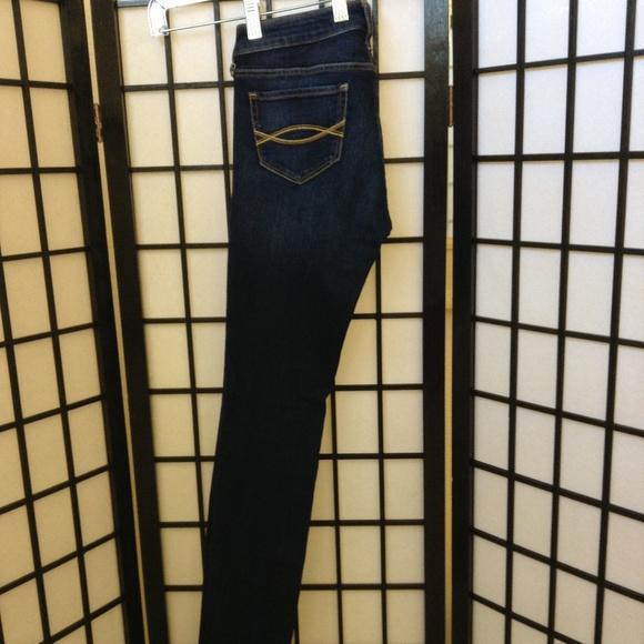 Abercrombie & Fitch Denim - Abercrombie women's denim jeans